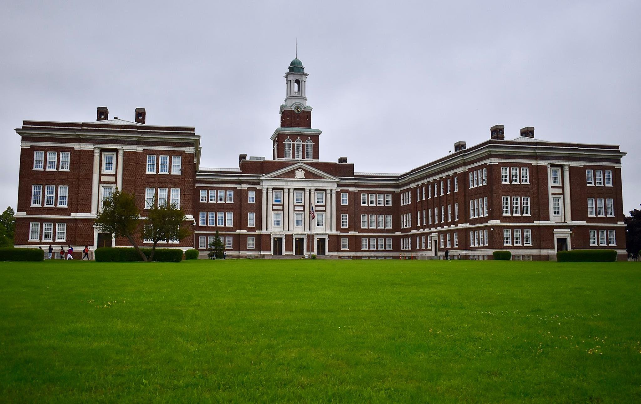 1940 Grover Cleveland High School Buffalo NY Newspaper / Photos CAMPUS  TOPICS